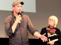 Alljährlich geben sich beim Deutschen Fernsehkrimifestival in Wiesbaden bekannte Stars, wie zum Beispiel Wotan Wilke Möhring, die Ehre. Foto: Sabine Eyert-Kobler